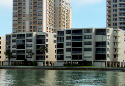 Lawrence Pointe