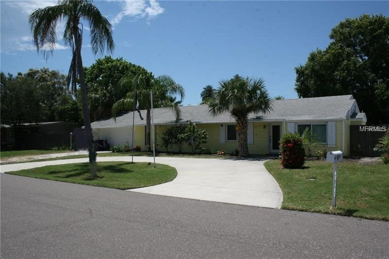 15914 2ND ST E, REDINGTON BEACH,  33708