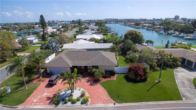 585 CAPRI BLVD, TREASURE ISLAND,  33706